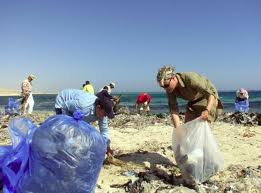 Plasic bags in the sea_5