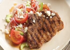 Lamb chops with salad