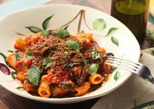 Rigatoni with roasted tomatoes