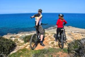 Karpaz-biking-tatlisu01